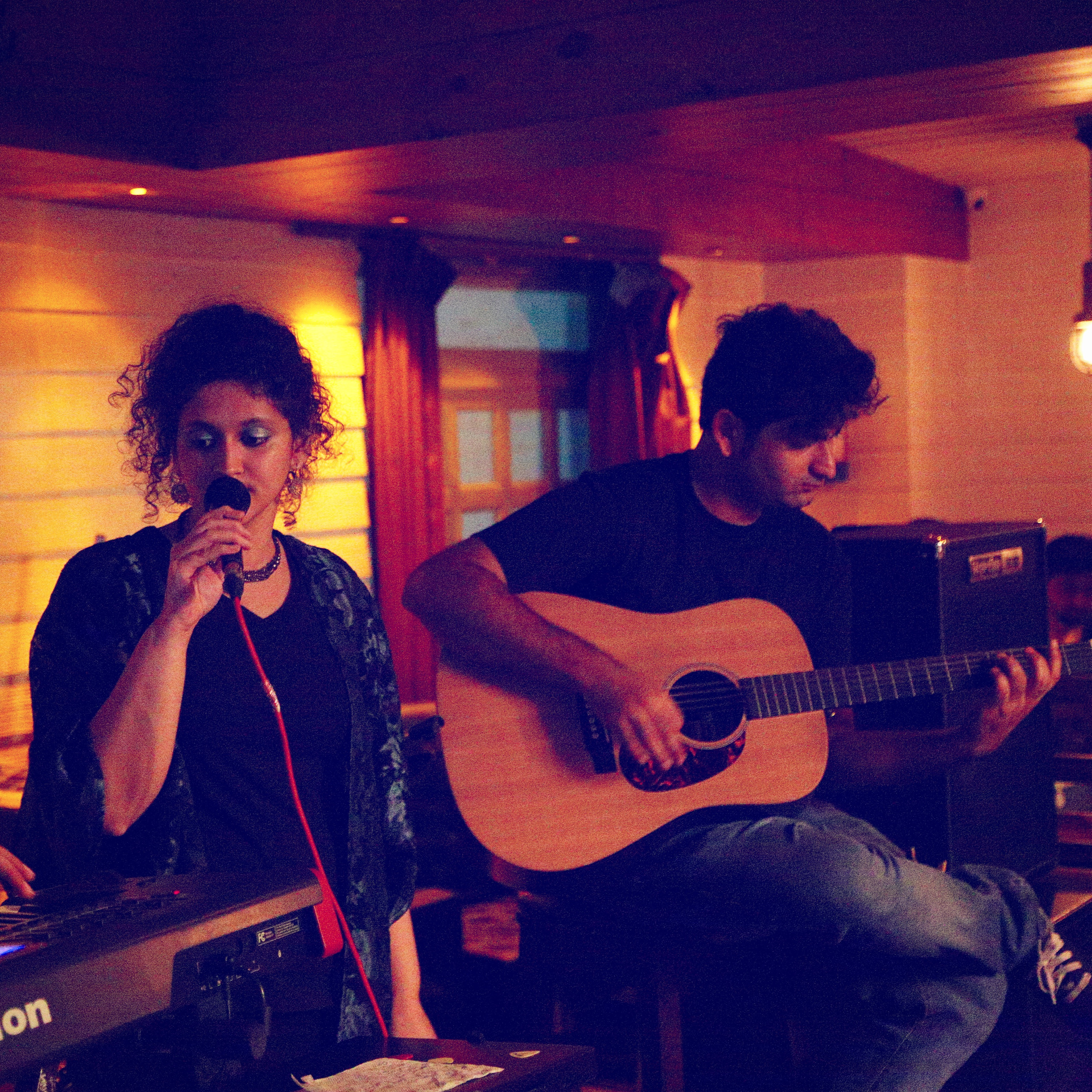 photos stereo buddha live in new delhi summer house cafe